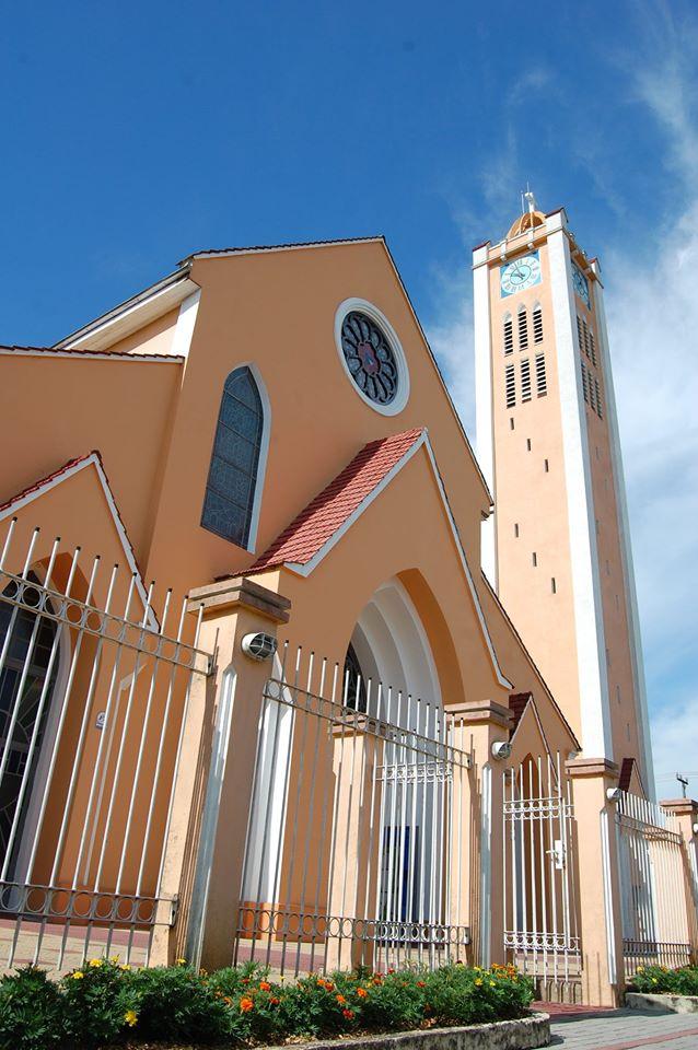 Novos horários de missa e programas de rádio